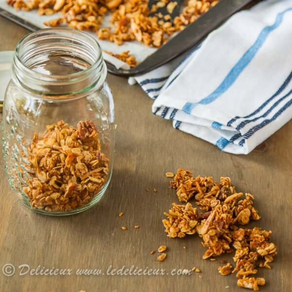 Homemade Granola with Honey and Nuts